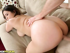 Babe, Big Tits, Blowjob, Cumshot, Latina